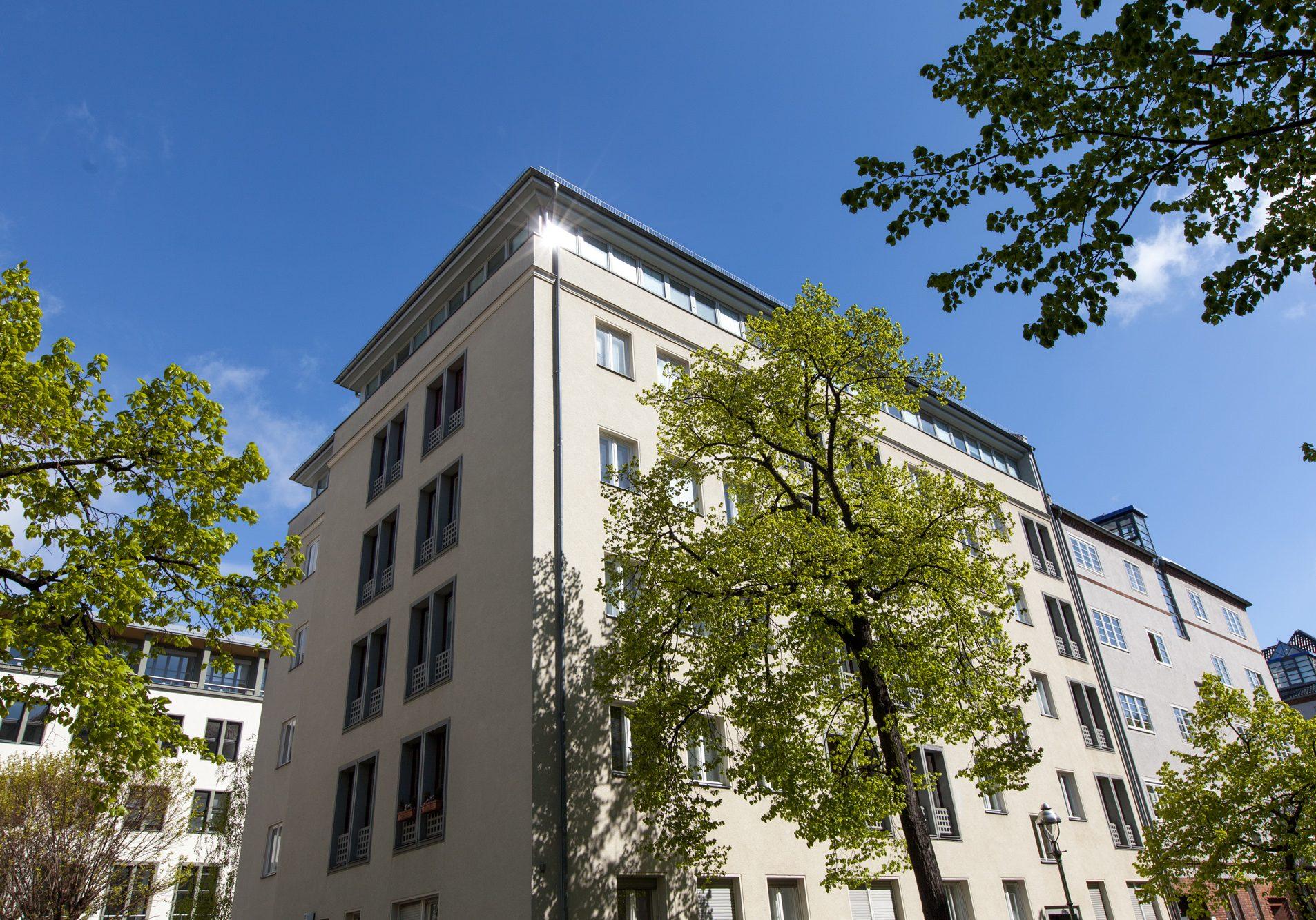 Berlin, Düsseldorfer Str. 37, 37a, 38b, 5 Wohneinheiten